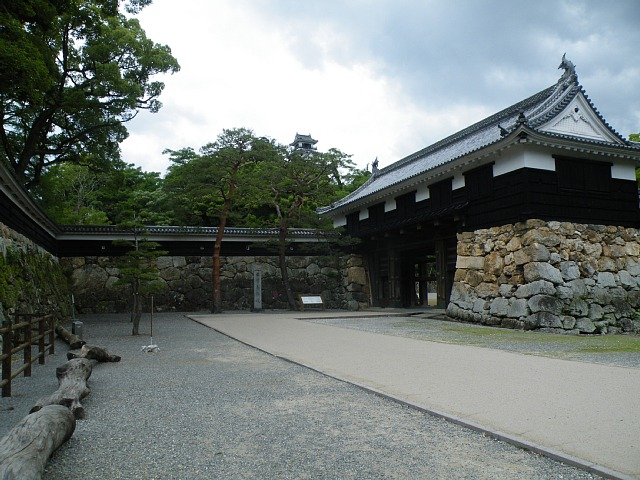 高知城自由の広場